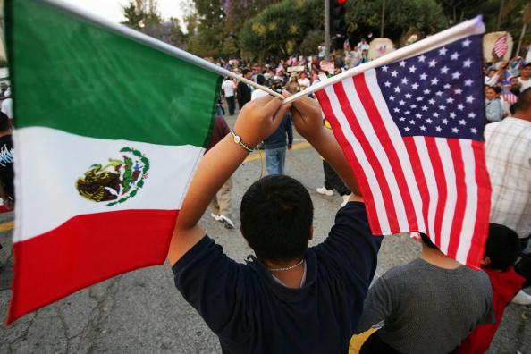 Persuasive Essay On Illegal Immigration